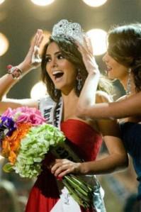 Miss Universe 2010 - Jimena Navarrete